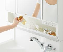鏡の裏も大容量の収納スペース!「ミラーキャビネット」の魅力
