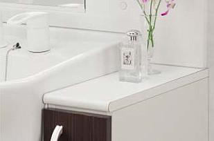 サイドキャビネットを付けると広い洗面化粧台に