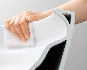 フチなしウォシュレット等シンプルな形の便器なのでレストパルは扱いやすい