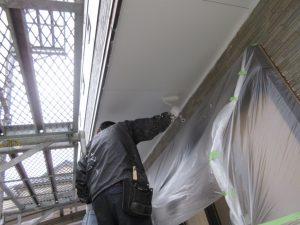 外壁サイディングの塗装工事を行う「平均的な価格」